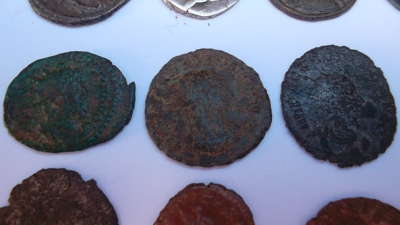 [VENDU] Lot de 25 monnaies romaines  Sam_0623