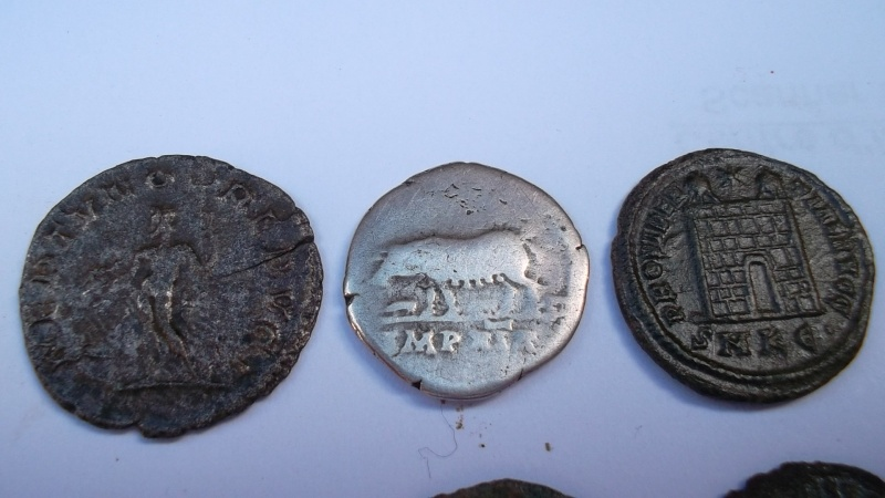 [VENDU] Lot de 25 monnaies romaines  Sam_0630