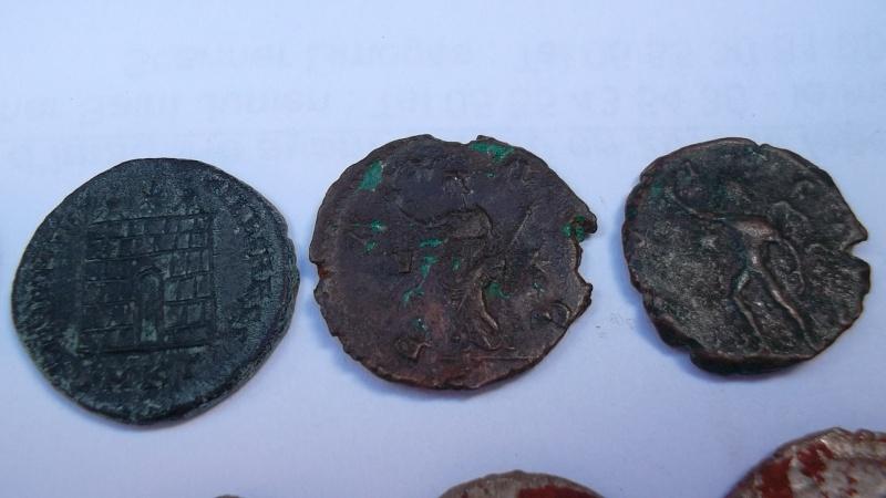 [VENDU] Lot de 25 monnaies romaines  Sam_0631
