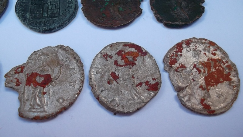 [VENDU] Lot de 25 monnaies romaines  Sam_0633