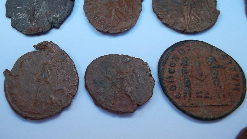 [VENDU] Lot de 25 monnaies romaines  Sam_0636