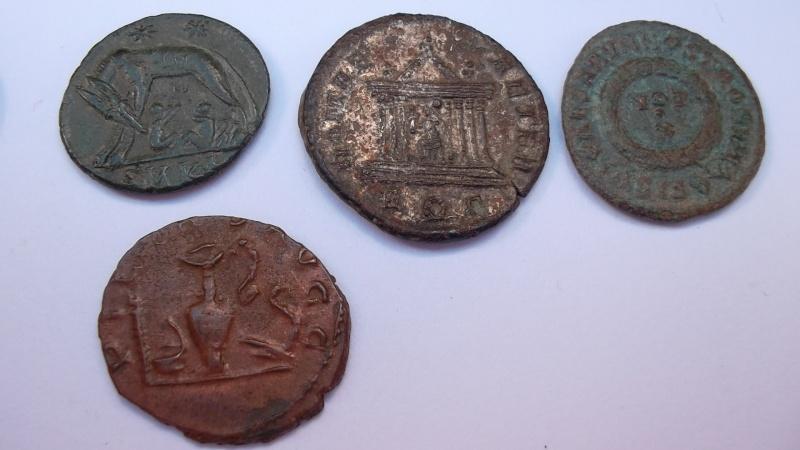 [VENDU] Lot de 25 monnaies romaines  Sam_0637