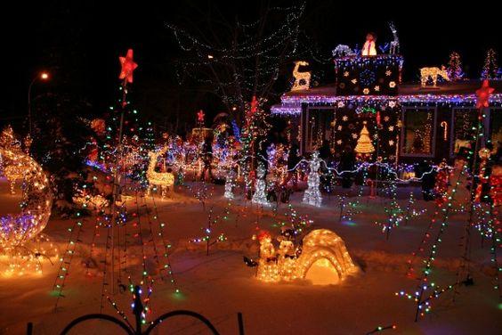 Les illuminations de Noël pour les fêtes 2.015   2.016 ! - Page 12 3933b010
