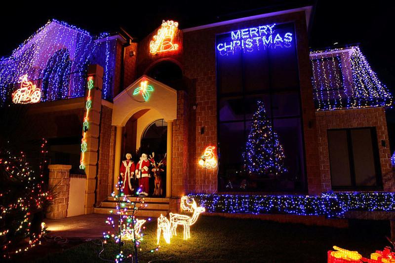Les illuminations de Noël pour les fêtes 2.015   2.016 ! - Page 12 Christ34