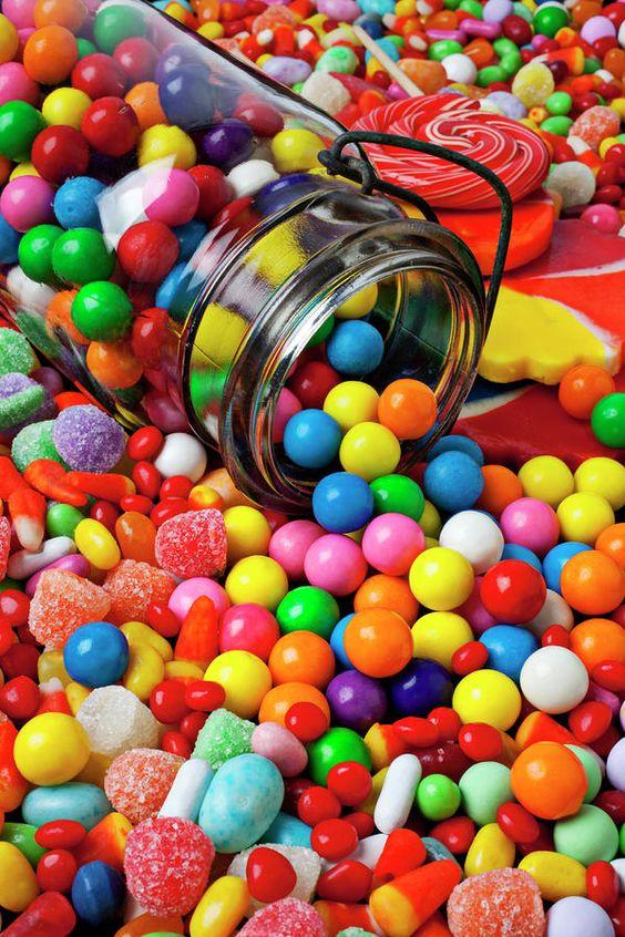 Les bonbons de ma jeunesse. - Page 2 Fe0d7410