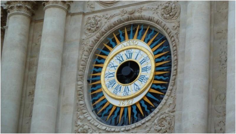 Reçu un beau diapo....Les horloges et pendules des rues..... - Page 43 Paris_11