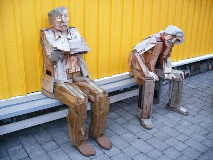 Des statues amusantes ! - Page 9 Vikith10