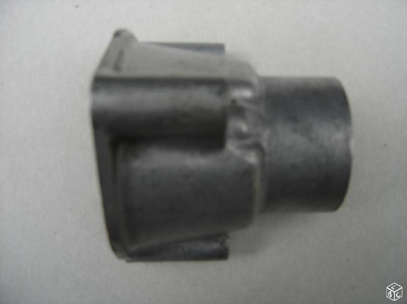 Vente de pièces détachées exclusivement de R15 R17 - Page 20 8f61bf10
