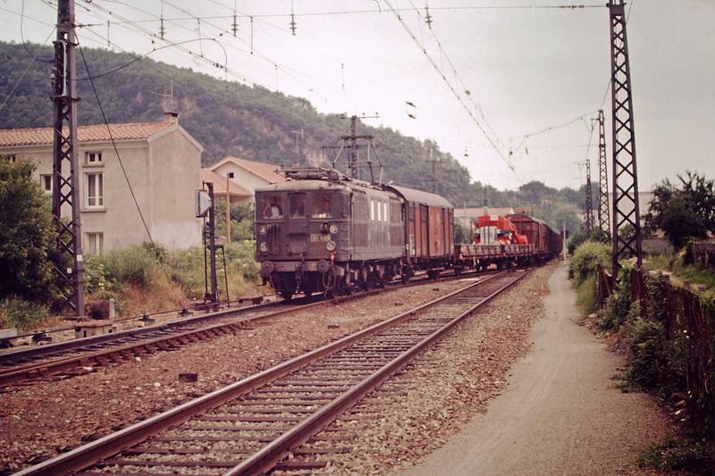 Pk 082,2 : Gare de Foix (09) - Page 11 Bb-41011