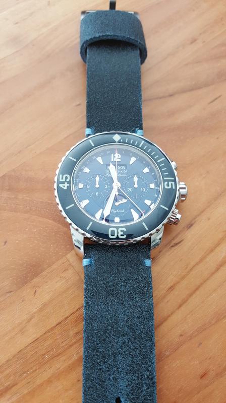 Cadran bleu -> quel bracelet cuir ? - Page 2 2016-110