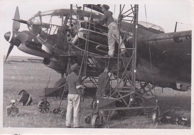"""[Hasegawa] Heinkel He 111 H6 """"TORPEDO BOMBER""""  - Page 3 He111_10"""