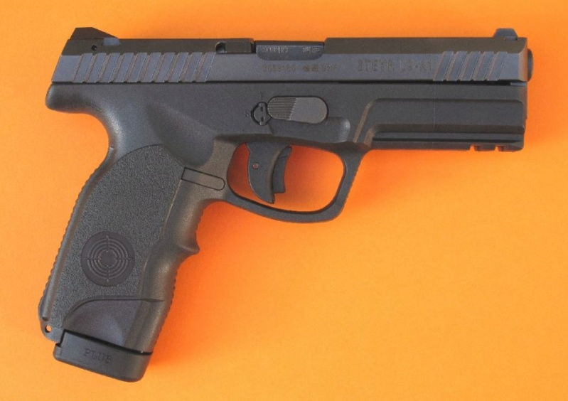 Pistolet 9mm Steyr L9-A1 Steyr-10