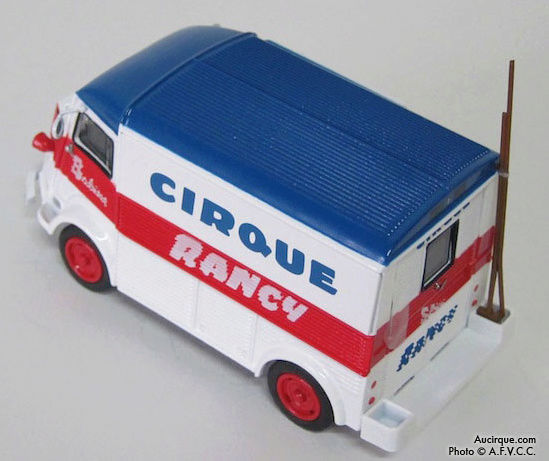 Citroën Les utilitaires miniatures au Cirque Captur26