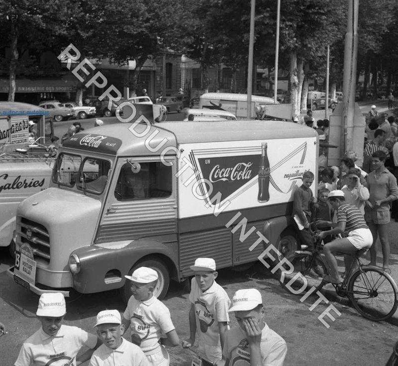 2015 > NOUVEAU > Hachette Collections + AUTO PLUS > La fabuleuse histoire des véhicules publicitaires - Page 6 Citroe20