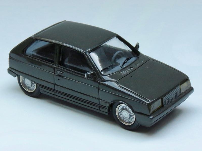 """La dernière """"vraie Citroën"""" ou l'art d'accommoder les restes ! Img_2316"""
