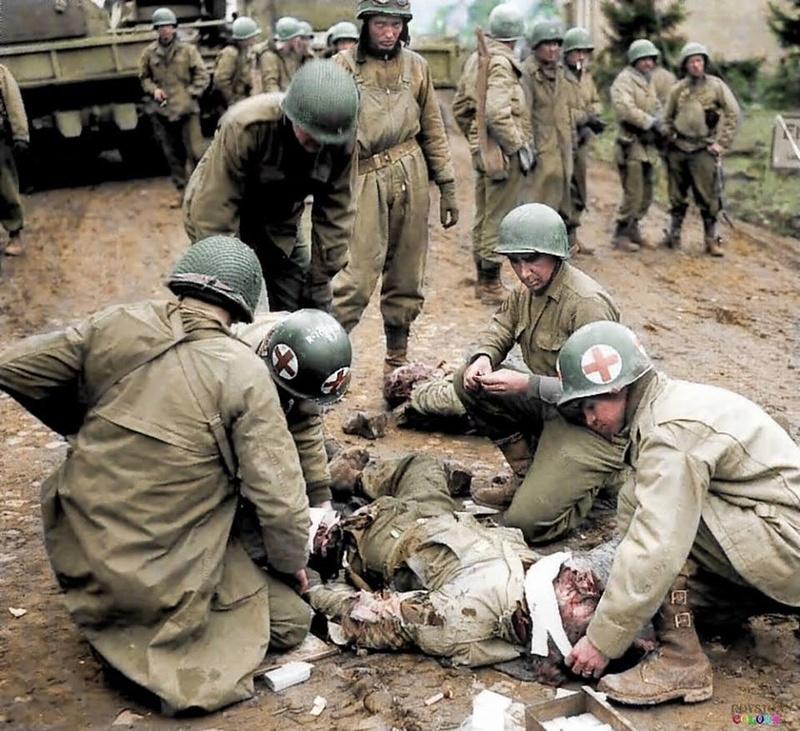 Les Images de la Seconde Guerre Mondiale - Page 17 13659110