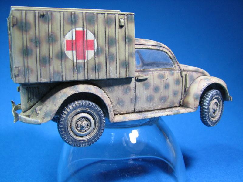 Coccinelle ambulance CMK  , figurines et photodécoupe  - 1/35 - Page 2 Img_5011