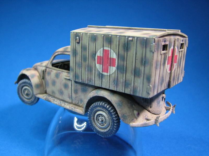 Coccinelle ambulance CMK  , figurines et photodécoupe  - 1/35 - Page 2 Img_5013
