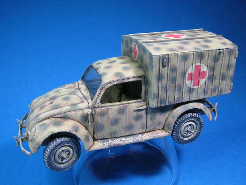 Coccinelle ambulance CMK  , figurines et photodécoupe  - 1/35 - Page 2 Img_5015