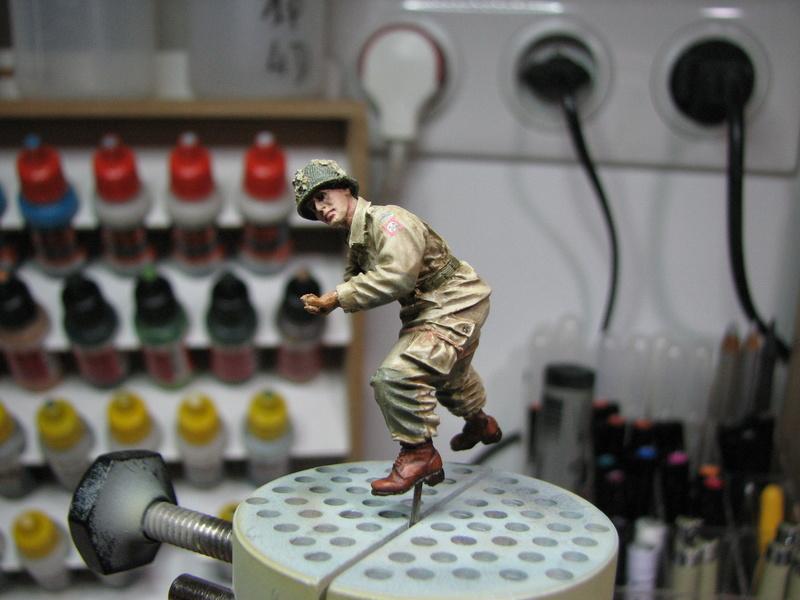 Coccinelle ambulance CMK  , figurines et photodécoupe  - 1/35 - Page 2 Img_5032