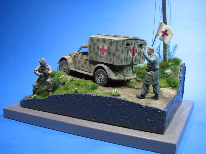 Coccinelle ambulance CMK  , figurines et photodécoupe  - 1/35 - Page 2 Img_5193