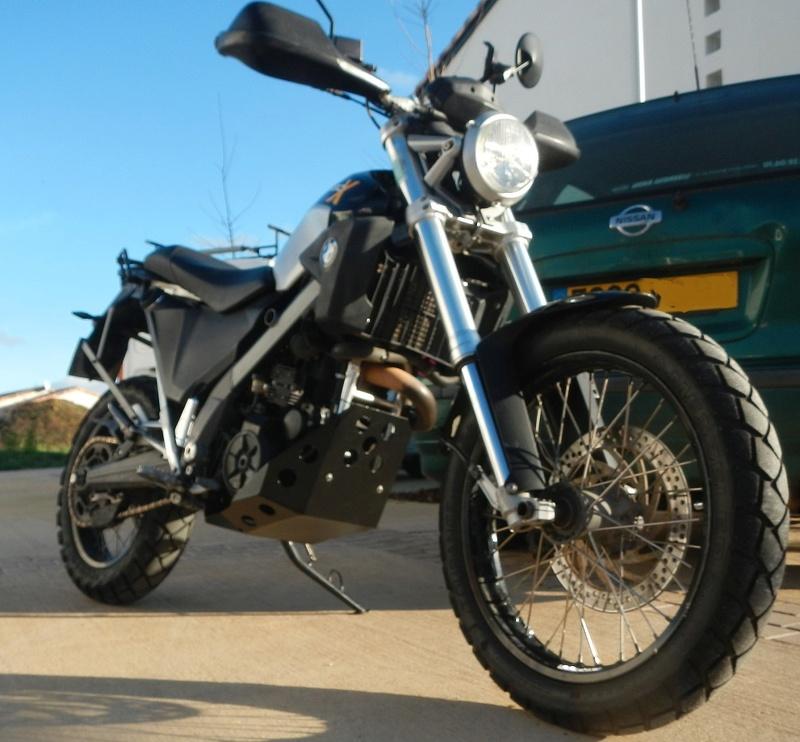 Qu'avez vous fait à votre moto aujourd'hui ? - Page 5 Skidpl11