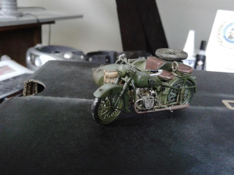 Side-car soviétique M-72  - Page 2 Img_2128