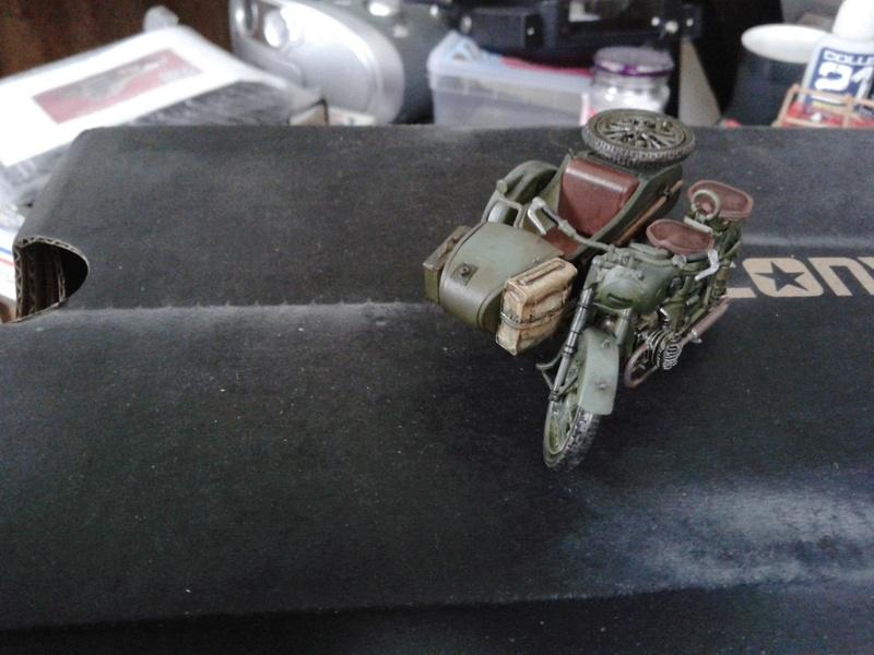 Side-car soviétique M-72  - Page 2 Img_2132