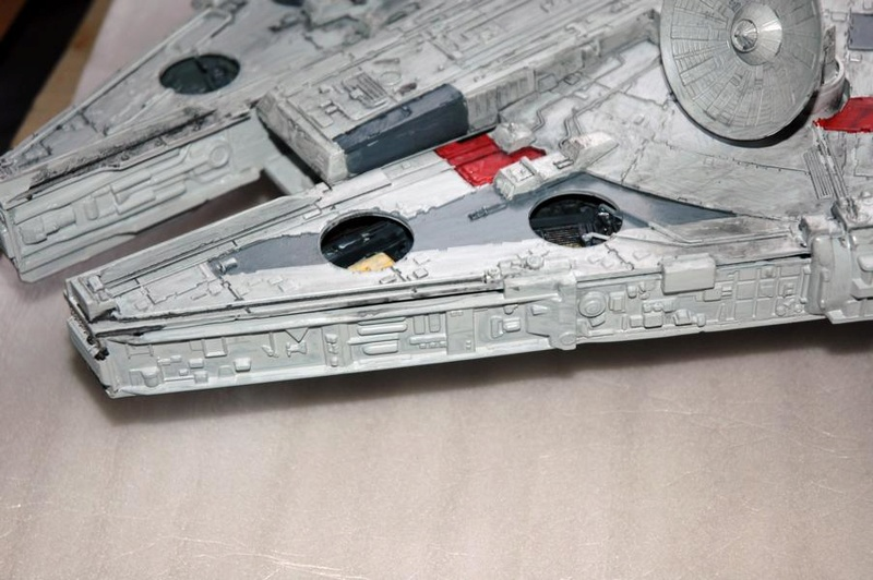 AMT Millenium Falcon Cut-Away Fa210