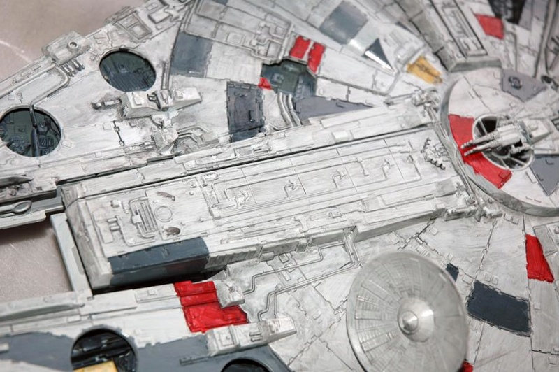 AMT Millenium Falcon Cut-Away Fa310