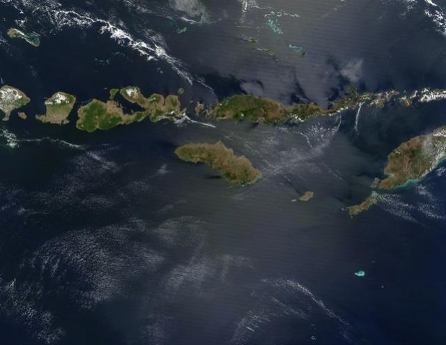 Indonesië gaat op zoek naar eilandnamen (en investeerders) Indone10