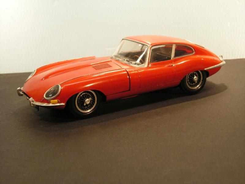 Jaguar E-Type Serie 1  1961  von Heller in 1:24 Modell40