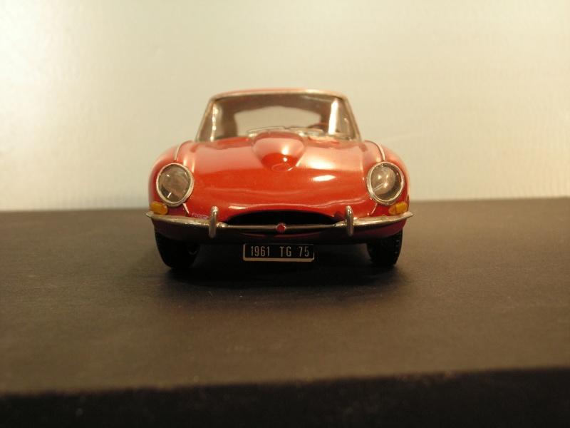 Jaguar E-Type Serie 1  1961  von Heller in 1:24 Modell41