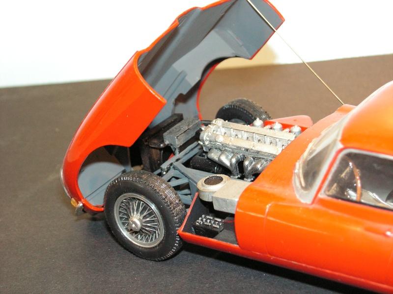Jaguar E-Type Serie 1  1961  von Heller in 1:24 Modell42