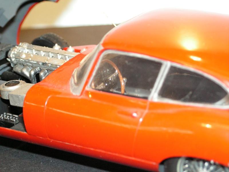 Jaguar E-Type Serie 1  1961  von Heller in 1:24 Modell43
