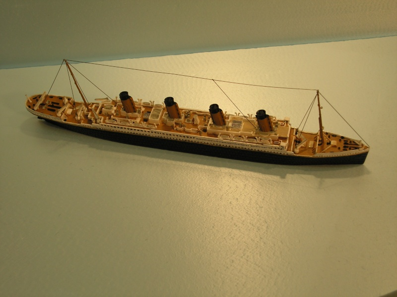 RMS Titanic  von Revell in 1:1200 Modell44
