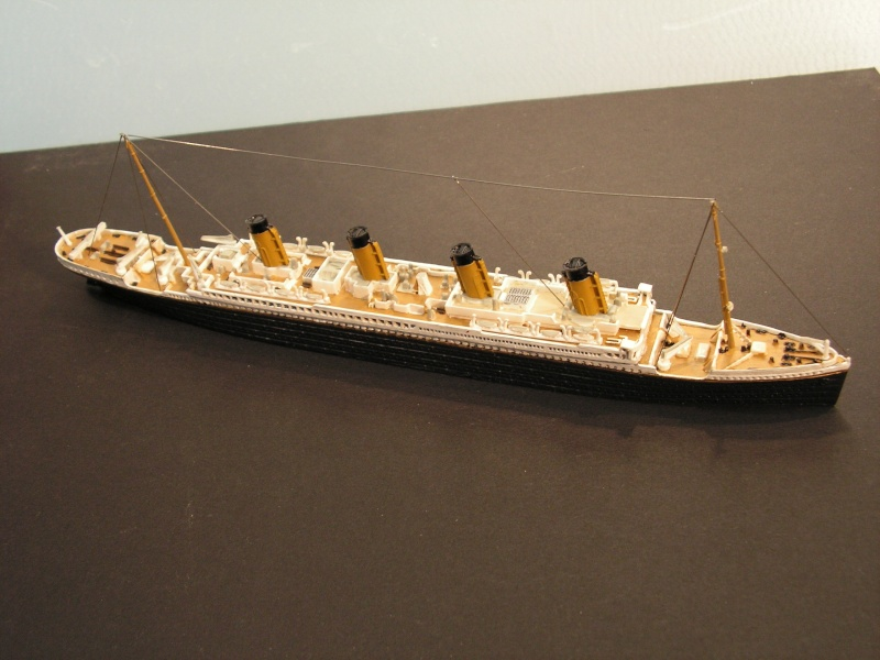 RMS Titanic  von Revell in 1:1200 Modell46