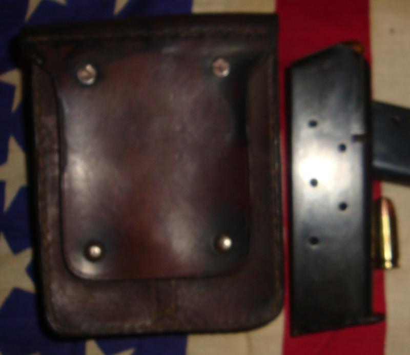 Porte-chargeurs cuir M1911 Dsc04813