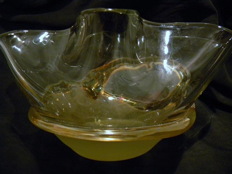 SIGNATURE HELP? Abstract Modernist Art Glass Bowl Modabb15