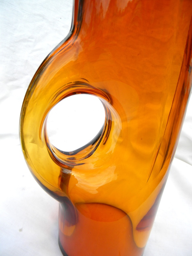 Mod Amber Bird? Pitcher HELP... Danish? Scan.? New Old or Junk??? Modamb12