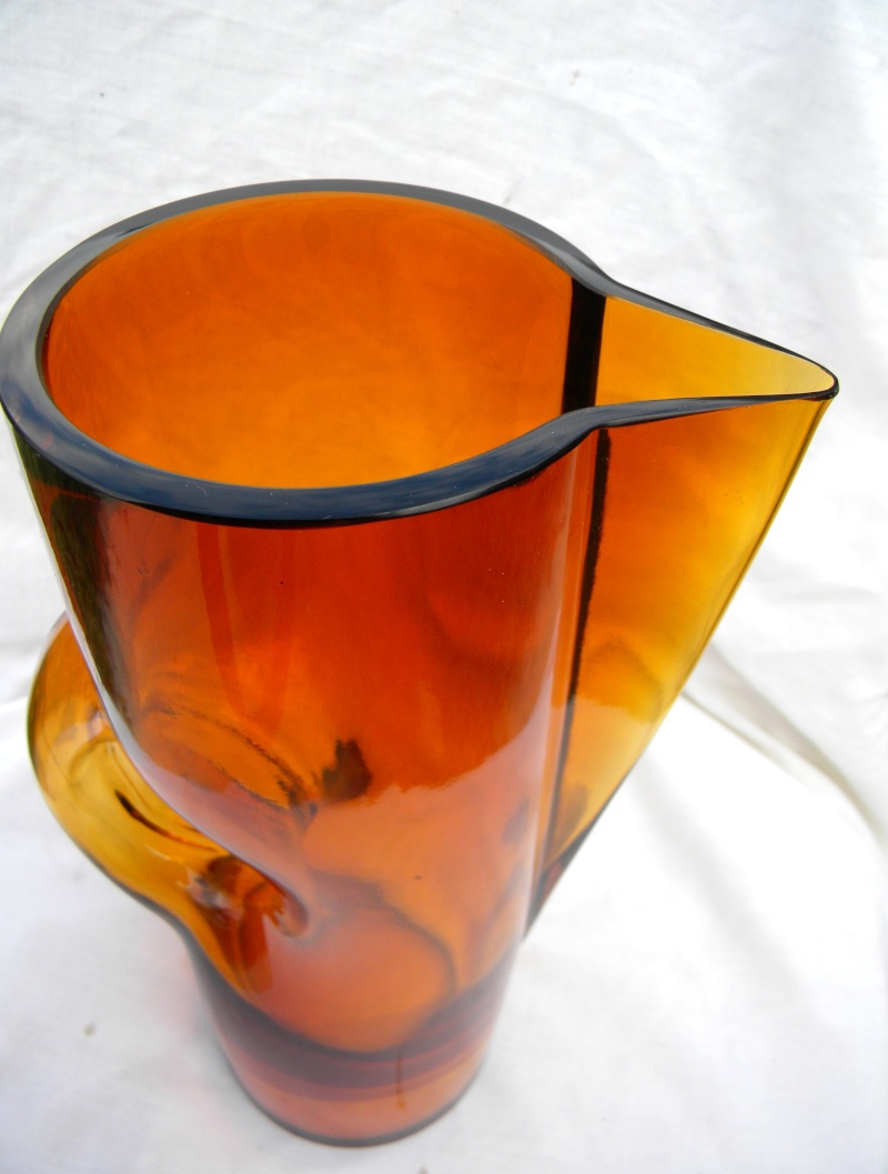 Mod Amber Bird? Pitcher HELP... Danish? Scan.? New Old or Junk??? Modamb14