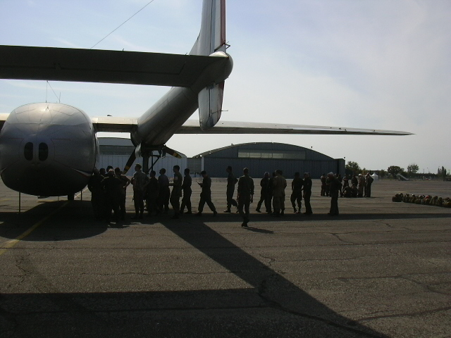 Stage et brevets avec Airborne Center à Pamiers  Saut_n18
