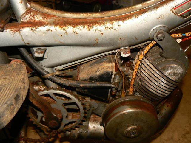 Mobylette AV 42 S de 1969 P1240242