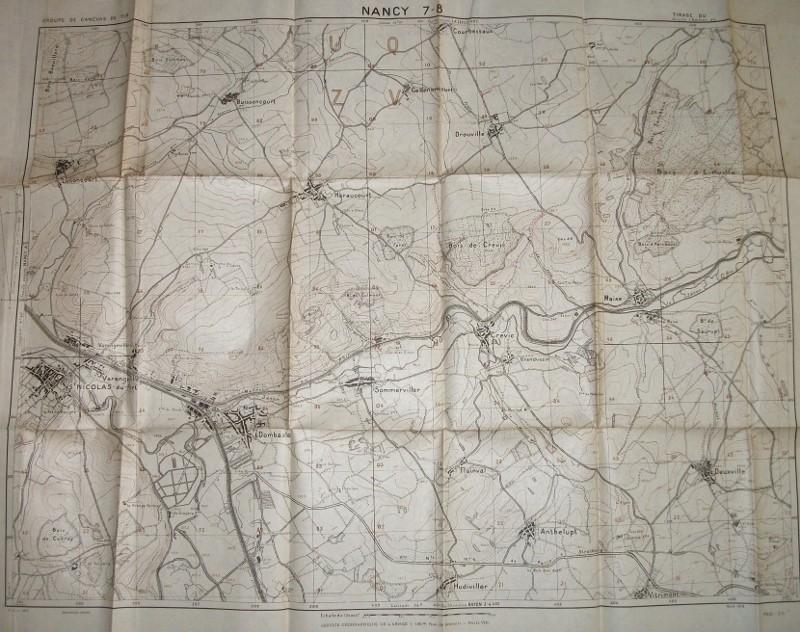 très gros lot documents appartenant à un Capitaine goumier. 100_4184