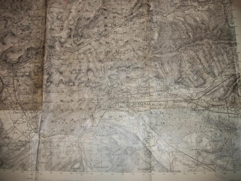 très gros lot documents appartenant à un Capitaine goumier. 100_4191