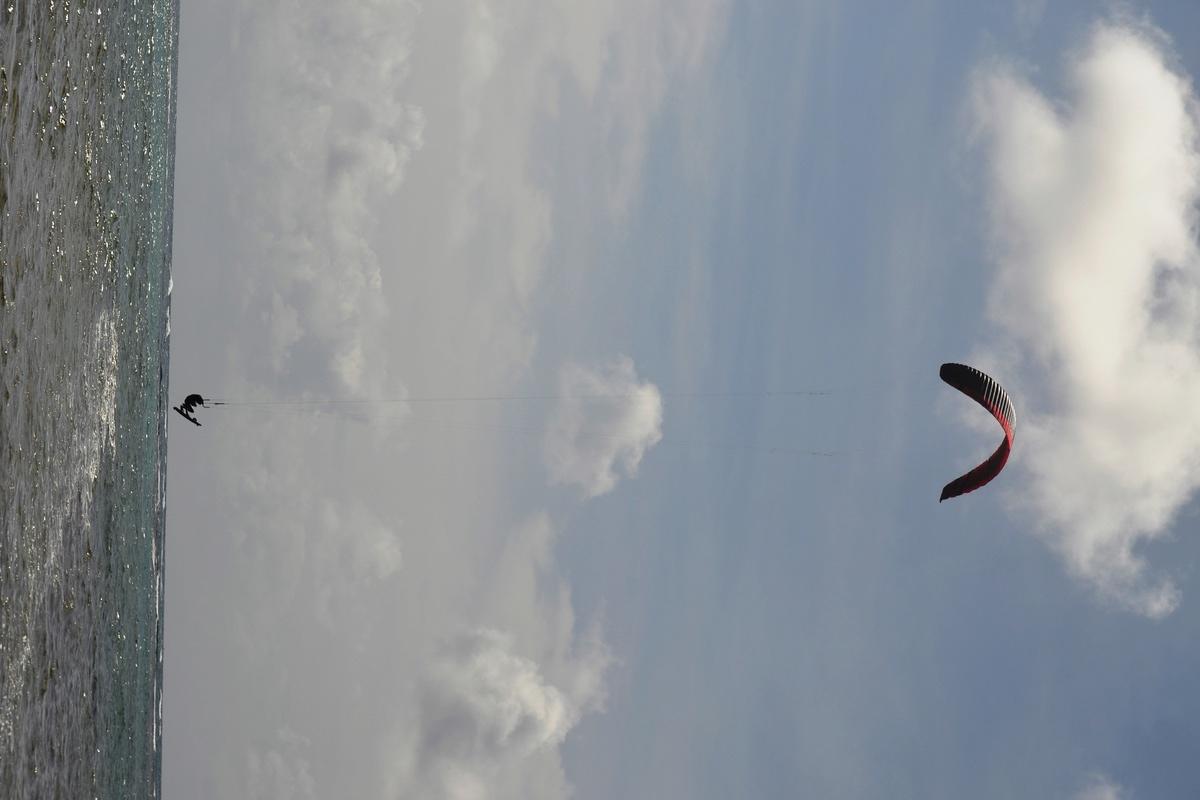 Test : Flysurfer Sonic 2 13,0 m2 Dsc_0011