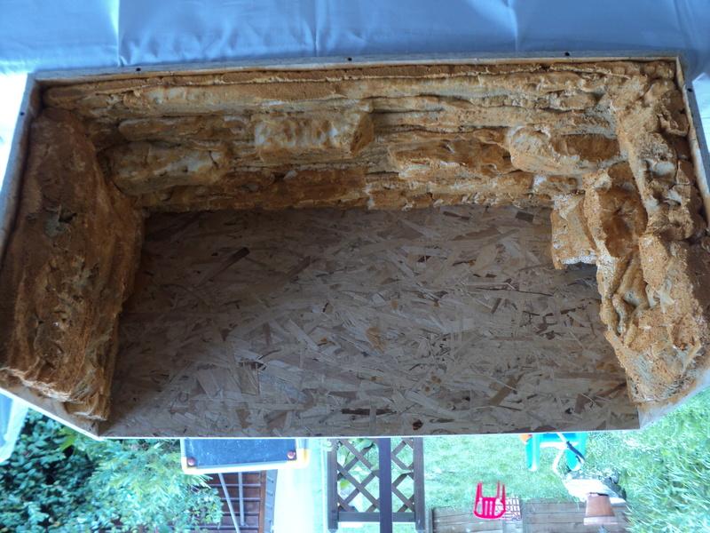 Construction  d'un terrarium pour mon gecko 01210