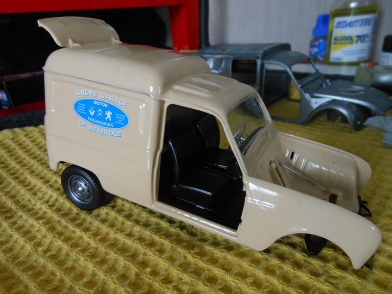 renault 4 fourgonnette Dscn3767