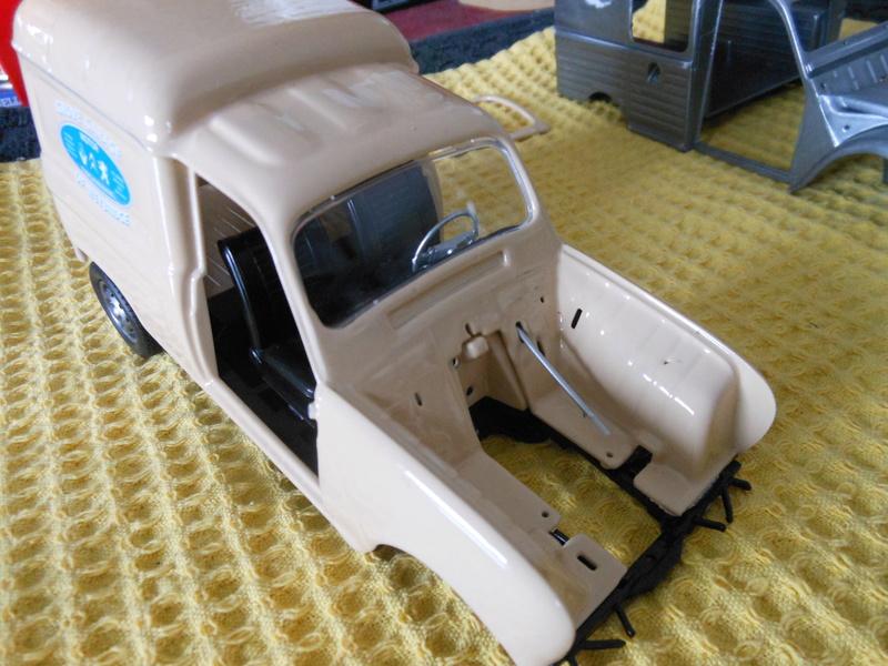 renault 4 fourgonnette Dscn3768