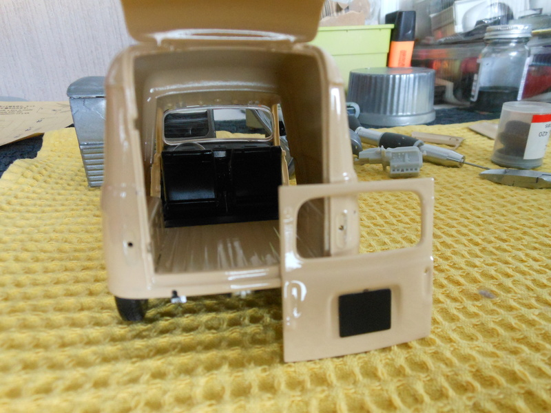 renault 4 fourgonnette Dscn3810